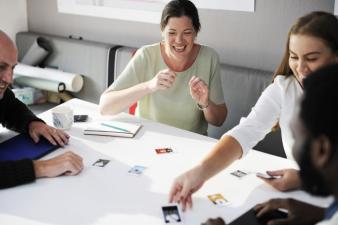 FAMILIAR SIM, MAS COM PROFISSIONALISMO: características das empresas familiares